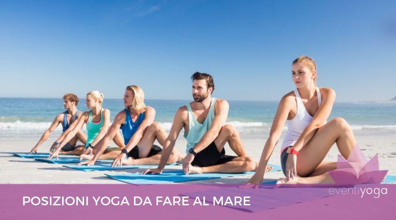 Posizioni yoga al mare