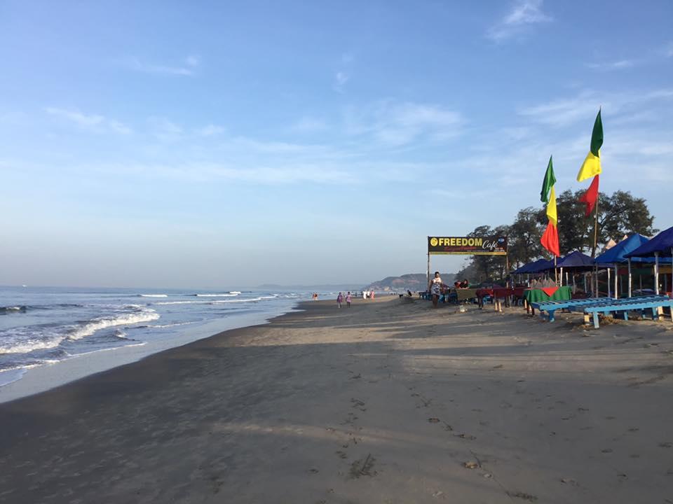 Viaggio Yoga: la spiaggia di Arambol